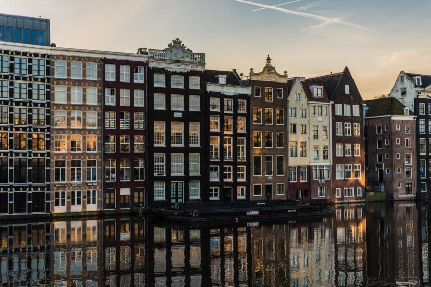 Amsterdam is Getting Rid of Diesel Cars