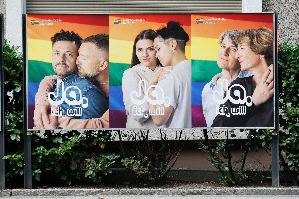 Ja-Plakate zur Volksabstimmung für die gleichgeschlechtliche Ehe.